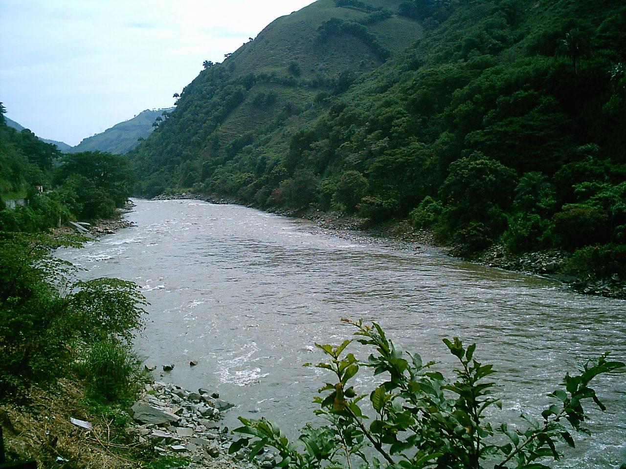 Colombia rios de colombia incluye ca o cristales for Pisos en montornes del valles